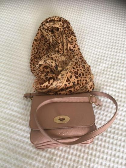 Pink bag and brown scarf